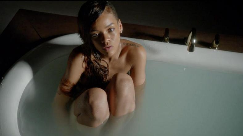 Rihanna-Stay