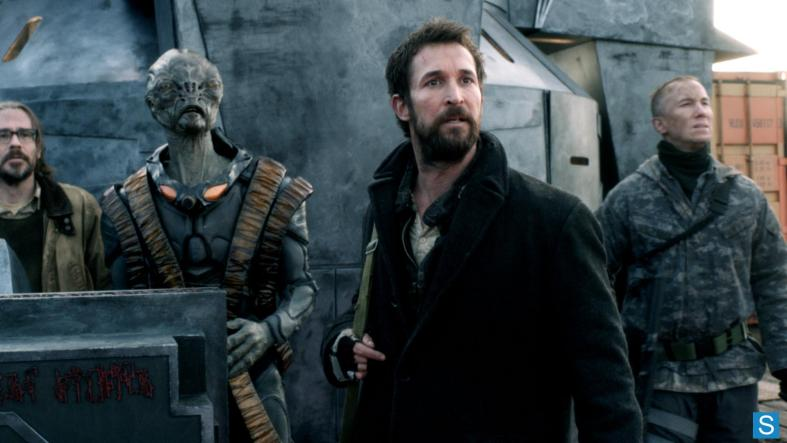 Falling_Skies_What's_to_Come_in_Season_4_-_NY_Comic_Con_2013