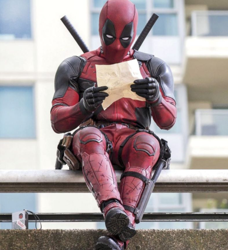 new-deadpool-promo-images-offer-hints-on-movie-s-unconventional-tone-entertainment-weekly-492439