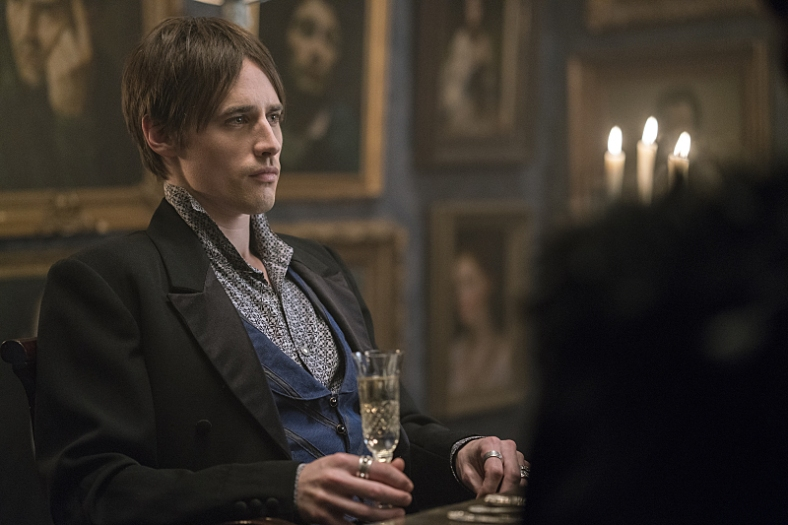 Reeve Carney as Dorian Gray in Penny Dreadful (season 3, episode 7). - Photo: Jonathan Hession/SHOWTIME - Photo ID: PennyDreadful_307_2135